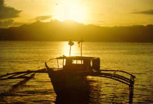Sunrise over Tres Marias Mountains east of Naval. (Photo courtesy of the Biliran Provincial Government.)